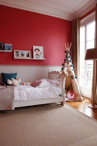 Emejing Chambre Bebe Taupe Et Rouge Photos - House Design ...